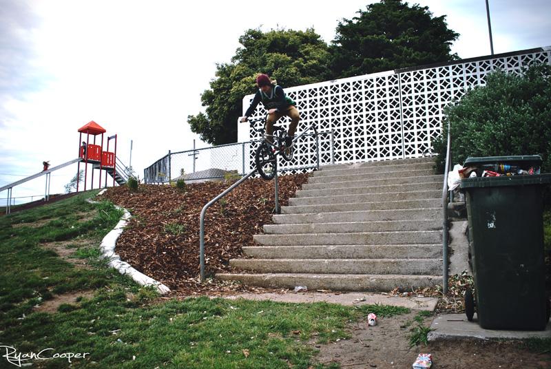 Mitch-rail-1_00000